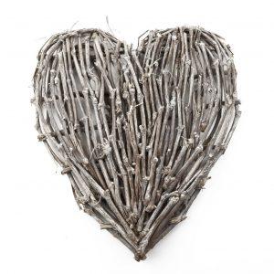 GG101AHS Large Twig Heart 70x80cm