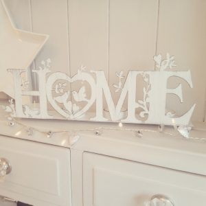 Home floral white shabby chic T-light holder