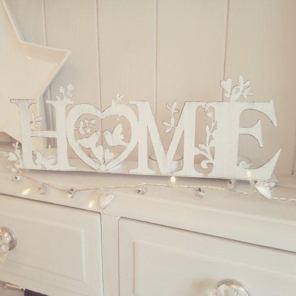 Home floral white shabby chic T-light holder