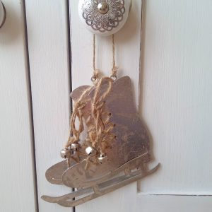 33652 Silver Hanging Ice Skates 10.5cm x 11cm